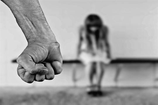 Близкие братья избили, изнасиловали иподожгли беременную девушку вБалахне