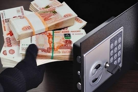 Нижегородец упрятал украденный сейф сденьгами в спонтанное место