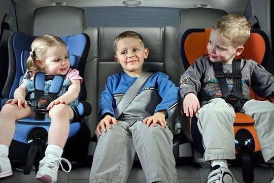 Правила транспортировки детей вавтомобиле поменяются с1января этого года
